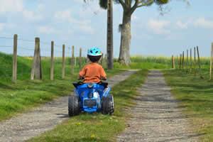 mejores quads electricos para niños